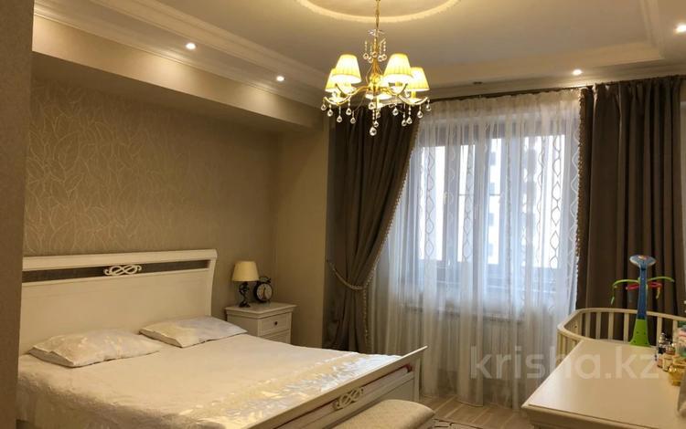 3-комнатная квартира, 110 м², 9/11 этаж, Толе би за 35 млн 〒 в Алматы, Алмалинский р-н