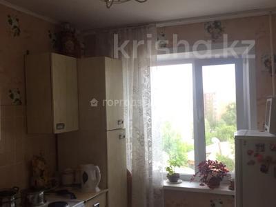 3-комнатная квартира, 68 м², 6/9 этаж, Естая — Камзина за 12.5 млн 〒 в Павлодаре