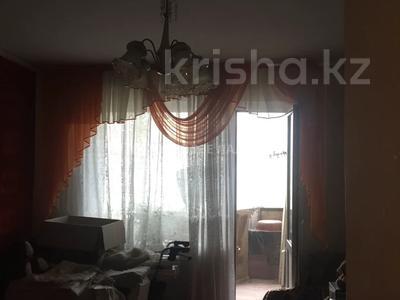 3-комнатная квартира, 68 м², 6/9 этаж, Естая — Камзина за 12.5 млн 〒 в Павлодаре — фото 3