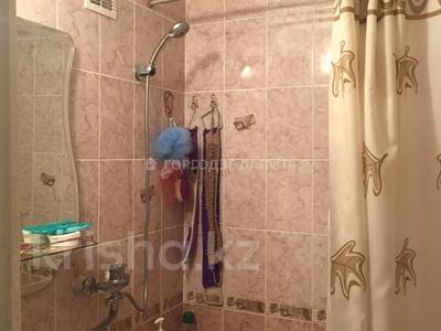 3-комнатная квартира, 68 м², 6/9 этаж, Естая — Камзина за 12.5 млн 〒 в Павлодаре — фото 6