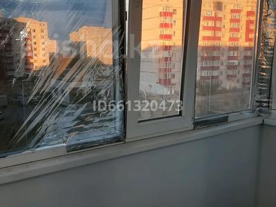 1-комнатная квартира, 39 м², 4/5 этаж помесячно, мкр Астана 6 за 70 000 〒 в Уральске, мкр Астана — фото 8
