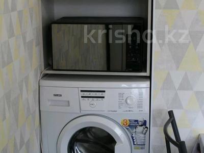 1-комнатная квартира, 40 м², 11/16 этаж посуточно, Абишева — Ташкентская за 11 000 〒 в Алматы