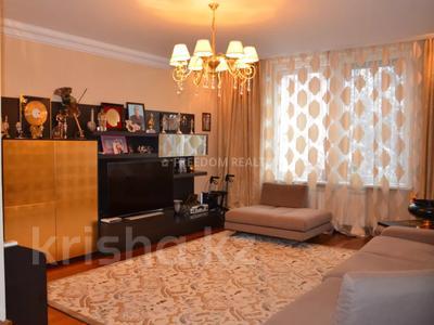 6-комнатный дом, 235 м², 3 сот., проспект Достык — КГ Алем за 356 млн 〒 в Алматы, Медеуский р-н