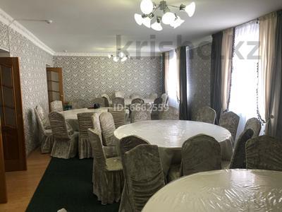 8-комнатный дом посуточно, 300 м², 10 сот., Бозинген 5 за 120 000 〒 в Нур-Султане (Астана), Алматы р-н — фото 4