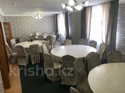 8-комнатный дом посуточно, 300 м², 10 сот., Бозинген 5 за 120 000 〒 в Нур-Султане (Астана), Алматы р-н — фото 5