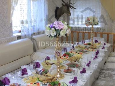 8-комнатный дом посуточно, 300 м², 10 сот., Бозинген 5 за 120 000 〒 в Нур-Султане (Астана), Алматы р-н — фото 9