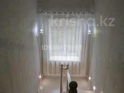 4-комнатный дом, 182.5 м², 10 сот., улица Алтынсарина — Баймагамбетова за 42 млн 〒 в Костанае — фото 11