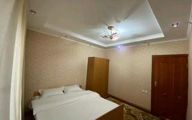 2-комнатная квартира, 72 м², 4/5 этаж посуточно, Желтоксан за 10 000 〒 в Шымкенте