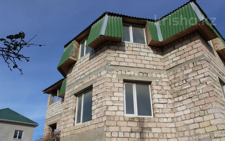6-комнатный дом, 270 м², 1-й мкр 1 за 29 млн 〒 в Актау, 1-й мкр