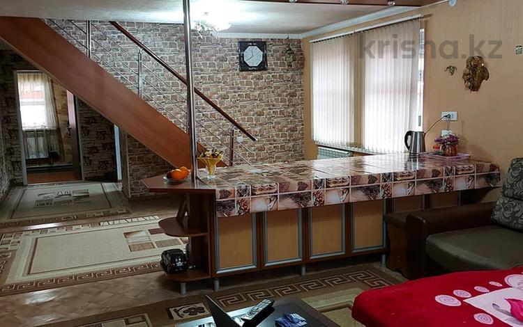 5-комнатный дом, 140 м², 5 сот., Нурсая — Спасская за 42 млн 〒 в Алматы, Турксибский р-н