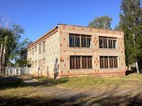 Здание, площадью 730 м²