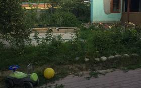 6-комнатный дом, 100 м², 7 сот., мкр Атырау, Сазановская 162а за 21.5 млн 〒 в Алматы, Медеуский р-н
