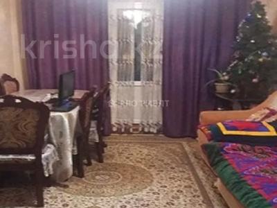3-комнатная квартира, 63 м², 4/5 этаж, Мкр Салтанат 11 за 12.7 млн 〒 в Таразе — фото 2