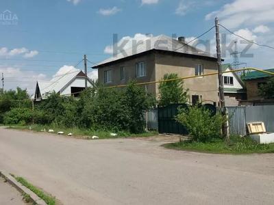 6-комнатный дом, 170 м², 4 сот., Отеген батыр за 26 млн 〒 в Алматы, Турксибский р-н