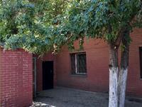 9-комнатный дом, 230 м², 6 сот., улица Сабыра Рахимова 150 за 38 млн 〒 в Караганде, Казыбек би р-н