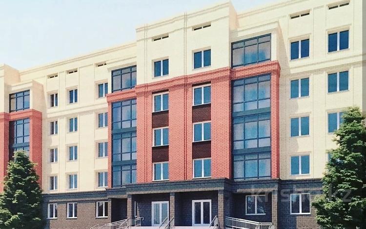2-комнатная квартира, 82 м², Батыс 3 за ~ 9.8 млн 〒 в Актобе, мкр. Батыс-2