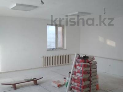6-комнатный дом, 350 м², 10 сот., 50 лет ВЛКСМ за 35 млн 〒 в Максимовке — фото 9