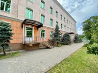 Здание, площадью 745 м²