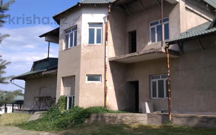 22-комнатный дом, 2041 м², 123 сот., Абая за 267 млн 〒 в Бельбулаке (Мичурино)