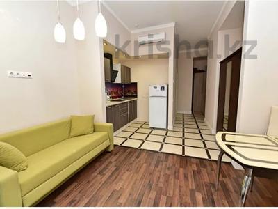 1-комнатная квартира, 50 м², 2/9 этаж посуточно, Тауке Хана 5 — проспект Кунаева за 7 000 〒 в Шымкенте, Аль-Фарабийский р-н