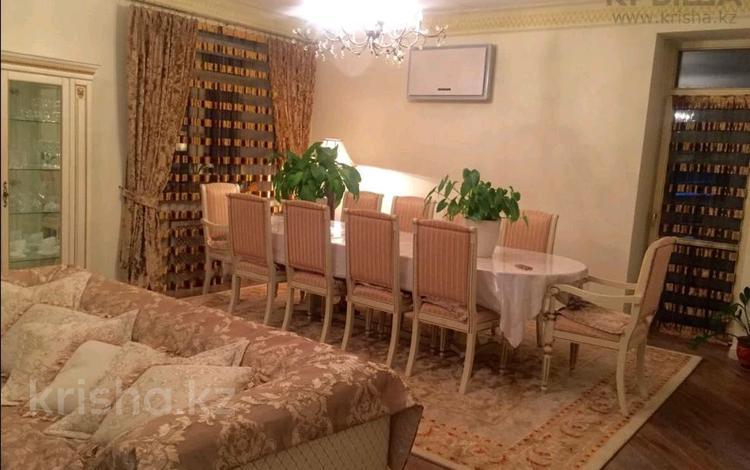 5-комнатный дом на длительный срок, 190 м², Шугыла 165 за 1.2 млн 〒 в Алматы