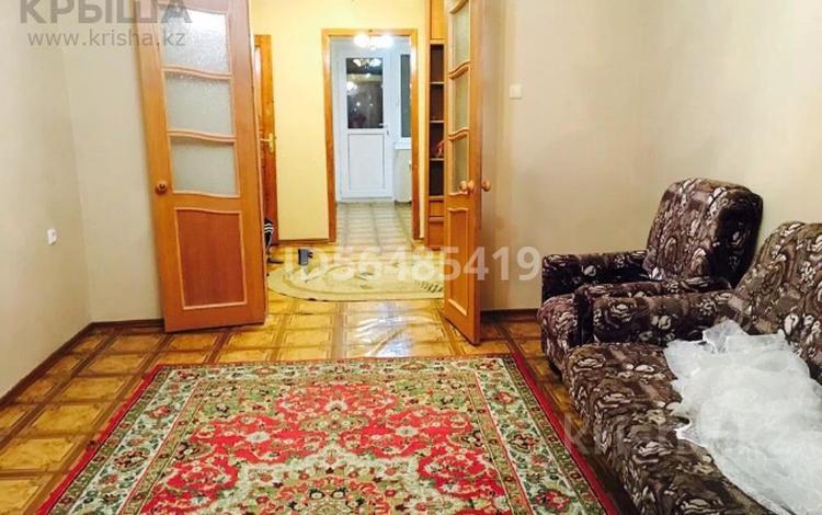 4-комнатная квартира, 78 м², 4/5 этаж, Сырым Датова 14 за 17 млн 〒 в Атырау