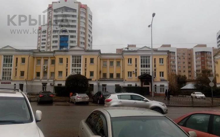Здание, площадью 788 м², Иманова 14 за 280 млн 〒 в Нур-Султане (Астана), р-н Байконур