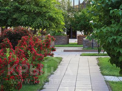 2-комнатная квартира, 85 м², 4/7 этаж, мкр Мирас, Аскарова Асанбая — Аль-Фараби за 59.9 млн 〒 в Алматы, Бостандыкский р-н — фото 7
