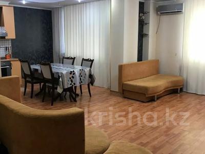 2-комнатная квартира, 65 м², 7/13 этаж помесячно, Сыганак 10 — Сауран за 150 000 〒 в Нур-Султане (Астана) — фото 3