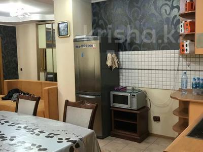 2-комнатная квартира, 65 м², 7/13 этаж помесячно, Сыганак 10 — Сауран за 150 000 〒 в Нур-Султане (Астана) — фото 6