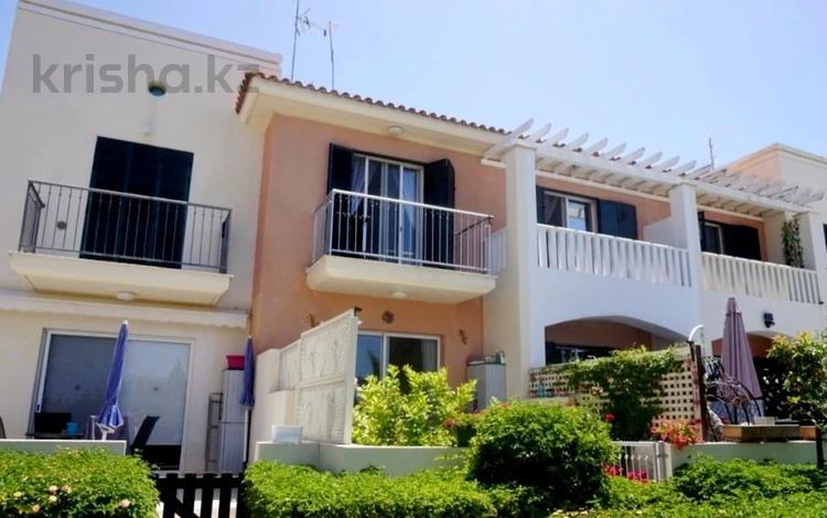3-комнатный дом, 109 м², Пейя, Пафос за 59 млн 〒