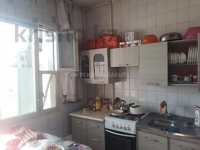 2-комнатная квартира, 54 м², 8/9 этаж, мкр Аксай-2 за ~ 16.1 млн 〒 в Алматы, Ауэзовский р-н — фото 13