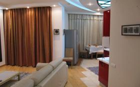 2-комнатная квартира, 82 м², 17/23 этаж помесячно, Кабанбай батыра 87 за 450 000 〒 в Алматы, Алмалинский р-н