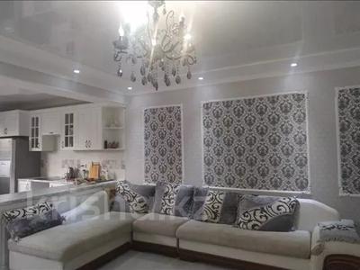 3-комнатная квартира, 115 м², 2/15 этаж помесячно, Сейфуллина 580 — Аль-Фараби за 380 000 〒 в Алматы