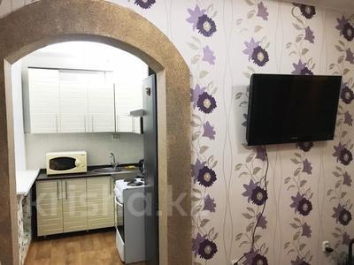 2-комнатная квартира, 70 м², 1 этаж посуточно, улица Караменде би — улица Фрунзе за 6 000 〒 в Балхаше — фото 3