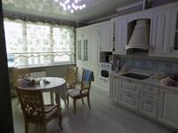 3-комнатная квартира, 143 м², 13/13 этаж помесячно, Назарбаева за 500 000 〒 в Алматы, Медеуский р-н