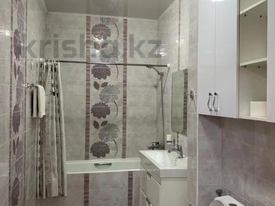 2-комнатная квартира, 60 м², 2/14 этаж посуточно, Навои за 16 000 〒 в Алматы, Бостандыкский р-н