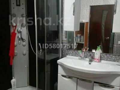 3-комнатный дом, 84 м², 5 сот., улица Косанова 178а — Алтайская за 10 млн 〒 в Семее — фото 6