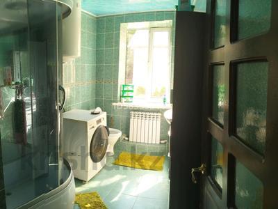 3-комнатный дом, 120 м², 12 сот., 91 А квартал за 10 млн 〒 в Темиртау — фото 3