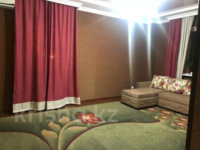 2-комнатная квартира, 74 м², 3/16 этаж помесячно, Кунаева — Биик за 150 000 〒 в Шымкенте, Аль-Фарабийский р-н — фото 3