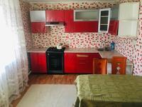 4-комнатный дом помесячно, 100 м², 8 сот.