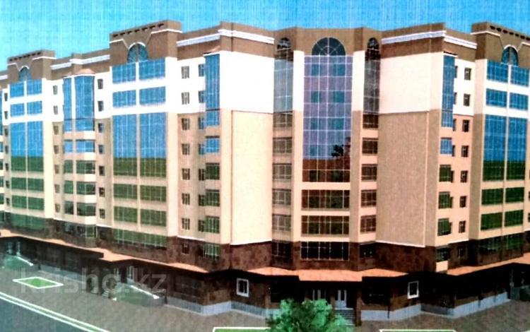 2-комнатная квартира, 58 м², 9/9 этаж, проспект Алии Молдагуловой за ~ 8.7 млн 〒 в Актобе, мкр. Батыс-2