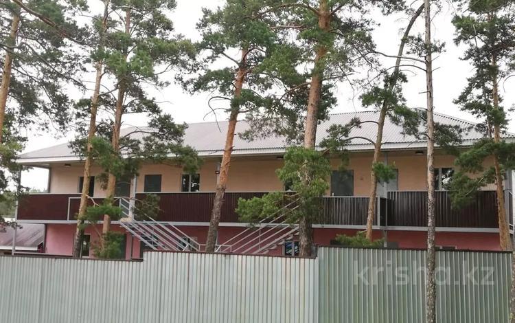 1-комнатный дом посуточно, 50 м², 10 сот., Акжайык 18 за 15 000 〒 в Бурабае