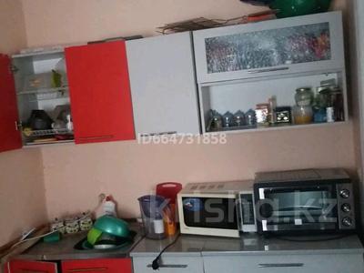 4-комнатный дом, 80 м², 3 сот., Мусинова 80 2 — Раздольная за 6 млн 〒 в Семее