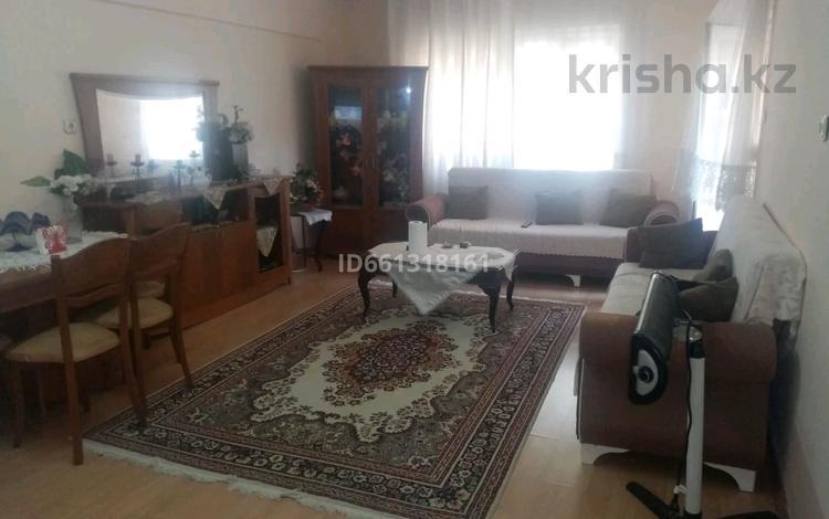 4-комнатная квартира, 110 м², 1/5 этаж, Мерам 12 за 25 млн 〒 в Кушадасах