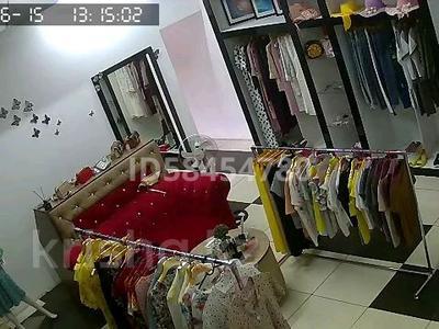 Магазин площадью 60 м², Кунаева — Таукехан за 5 млн 〒 в Шымкенте, Аль-Фарабийский р-н