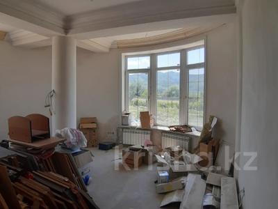 6-комнатный дом, 446 м², 100 сот., Газиева 10 за 170 млн 〒 в Талгаре — фото 6