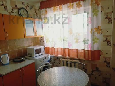 2-комнатная квартира, 50 м², 5/5 этаж посуточно, Агыбай батыра 17 за 6 000 〒 в Балхаше — фото 8