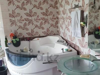 7-комнатный дом, 380 м², 14 сот., мкр Кайрат, Рыскулова 7 за 80 млн 〒 в Алматы, Турксибский р-н — фото 18