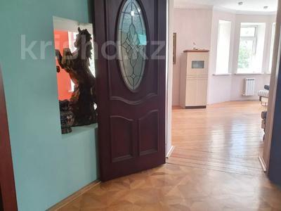 7-комнатный дом, 380 м², 14 сот., мкр Кайрат, Рыскулова 7 за 80 млн 〒 в Алматы, Турксибский р-н — фото 25